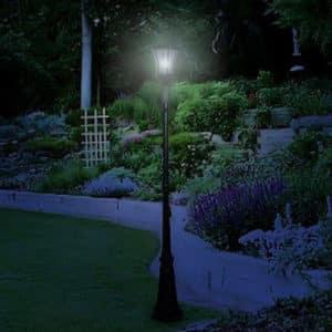 Victorian Solar Lamp Post 1 Head Night