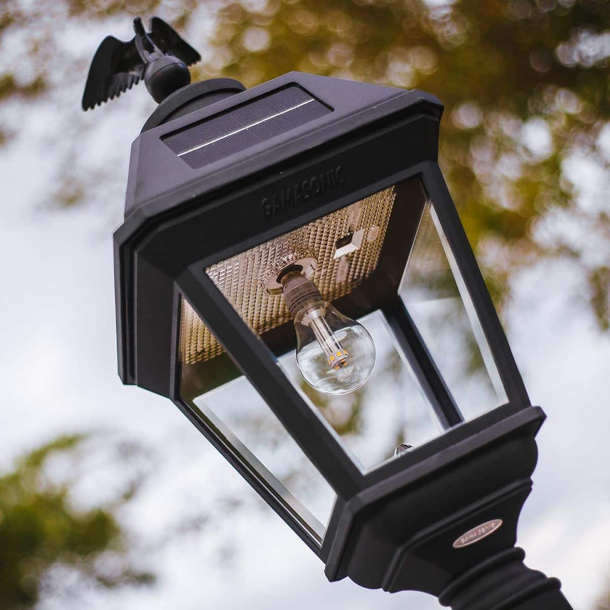 Gama Sonic Imperial Bulb Solar Post Light | Greenlytes Store