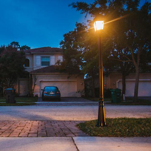 Amazon Com Gama Sonic Windsor Solar Outdoor Post Light: Gama Sonic Imperial Bulb Solar Post Light